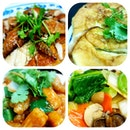 Local favorites of Hainanese roast chicken, Fuyong omelette, sweet n sour pork & mixed veggies.