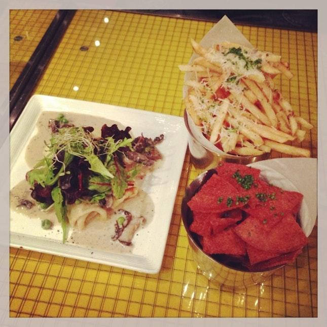 mushroom ragout, truffle fries & spam chips