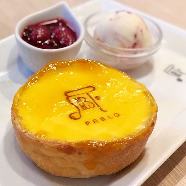Tried @pablo_cheese_tart at the country (Shinsaibashi branch) where it originated from.
