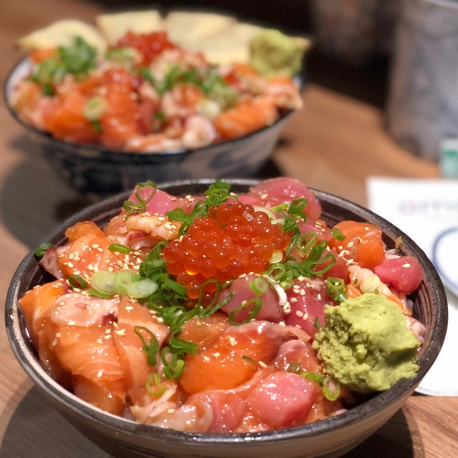 Upsized Omoté Chirashi Don ($18.80)