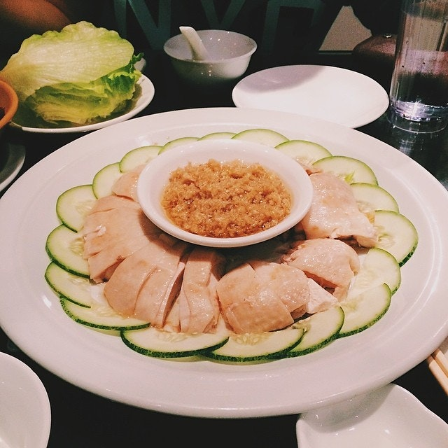 The creation of Samsui Ginger Chicken dish with lettuce is perfect match.