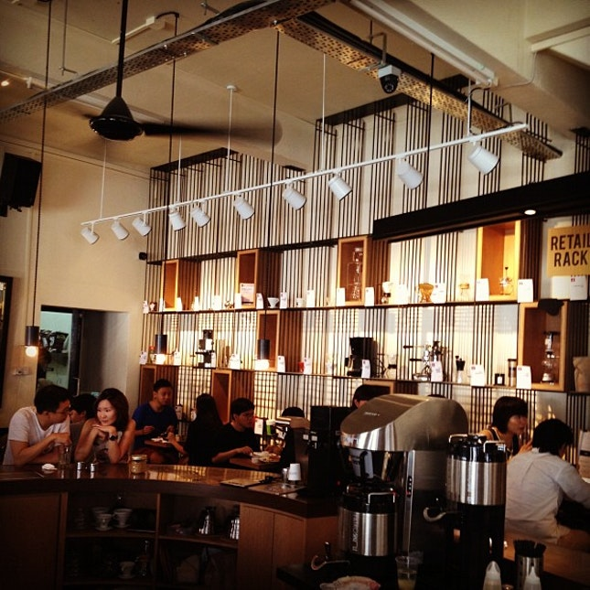 Lovely place. #cshh #interior #burpple #foodspotting #cafe #discovery #brunch #coffee