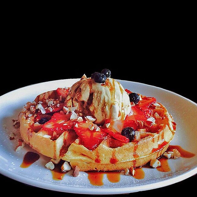 Salted Gula Melaka Waffle •SGD 13.90•  Crispy buttery waffle that was freshly made, topped with a scoop of seasalt caramel ice cream, with an addictive offering of salted gula melaka syrup all over.