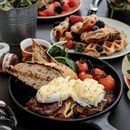 [GIVEAWAY] - $100 VOUCHER FOR TRAPIZZA AT SILOSO BEACH • A great start to the day is a breakfast situation that looks like this.