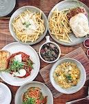 那天的慶祝。 @seasons1217 @_muileng @sokhoontan #pacaramaboutiquecoffeeroasters  #throwback#birthday#loveytansisters#instafood#potd#instapic#foodporn#onthetable#eatoutsg#foodie#instamood#burpple#burpplesg#cafehopping#sgcafe#upperthomson#friesoverload#foodphotography#brunch#instadaily