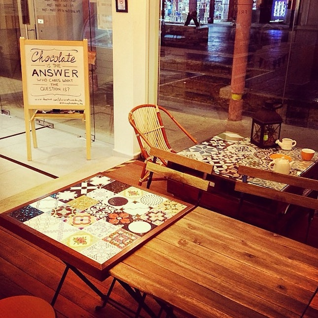 Wanna bring the mosaic titles tables home ..