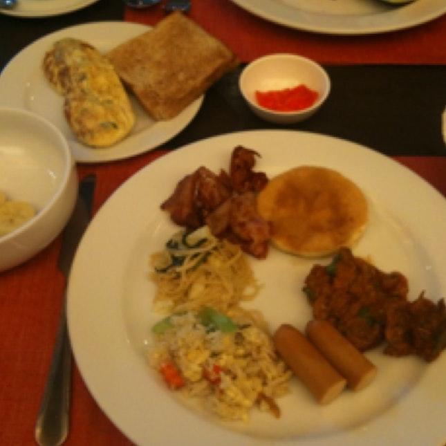 Breakfast @ S Sukhumvit