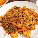 #Meegoreng #stirfriednoodle #seafood #spicy #kampongglam #localfood #sgfood #singapore #food #foodie #foodstagram #foodlovers #ilovefood #icapturefood #igfood #foodporn #epochtimesfood #burpple #instafood #foodgloriousfood #8dayseatout #eatout #eatoutsg #delicious #yummy