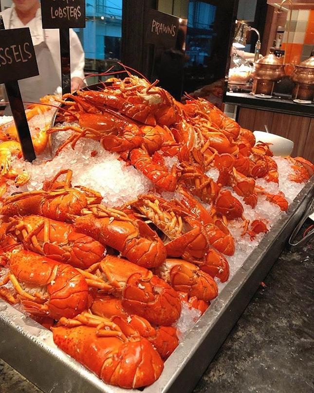 Lobster Buffet ($129++ for 2 pax via @eatbooksg ) at Hotel Jen Tanglin.