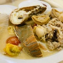 Famous Seafood Soup in Marsiling