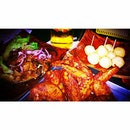 @surmaentha Heeheehee.......😝 #friedchickenwings #yummilicious #shiok #burpple #fridays #chill #foodporn #fatdieme