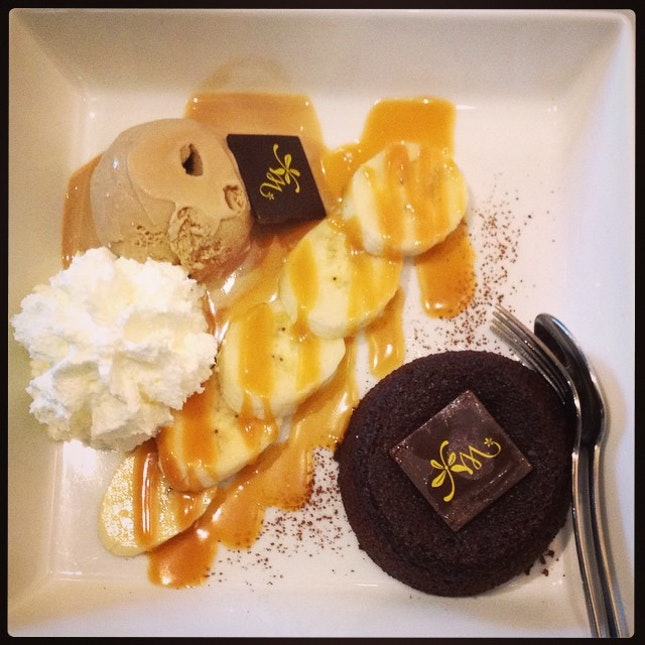 Chocolate Banoffee Lava with Ice-cream coffee