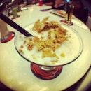 #refreshing #yummy #banana #yogurt #smoothie with #cereal..