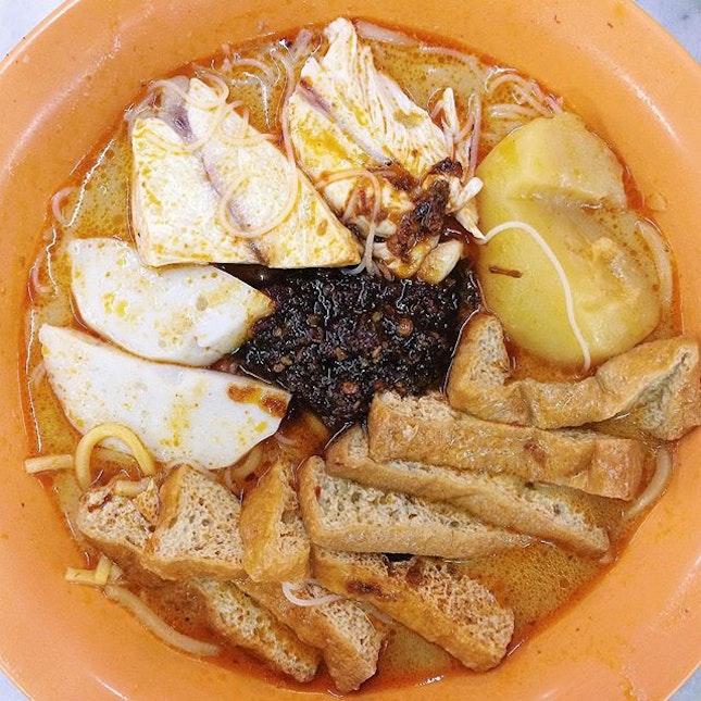 Curry chicken bee hoon mee from Ah Heng Curry Chicken Bee Hoon Mee in Bugis.