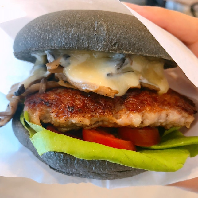For Good and Value-for-Money Pork Burgers
