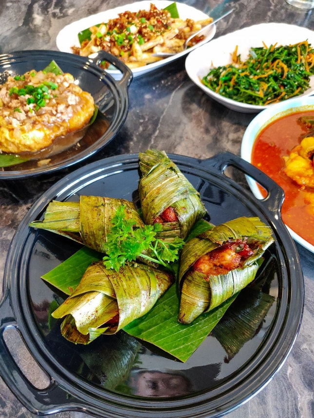 For Casual Dinners Over Nyonya Fare