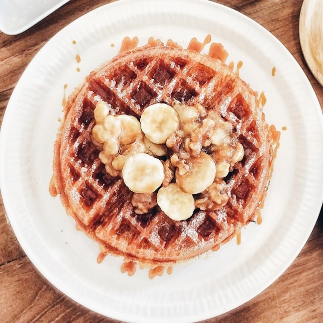 One more shot of yesterday's waffles from #MapleAndMarket because they deserve it for being so awesome!