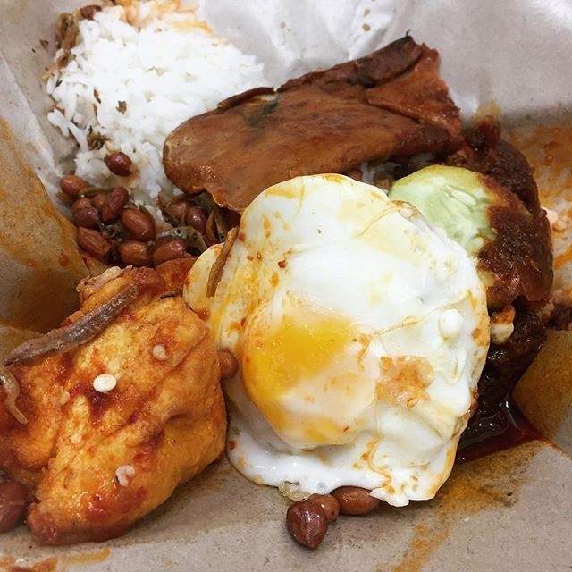 #burpple | a very sinful #nasilemak breakfast with their absolutely #sedap chilli!