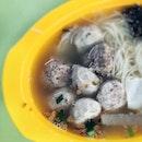 Not the usual seafood soup📍Dong Fang Hong Sotong Ball Seafood Soup at Hong Lim Market and Food Centre.