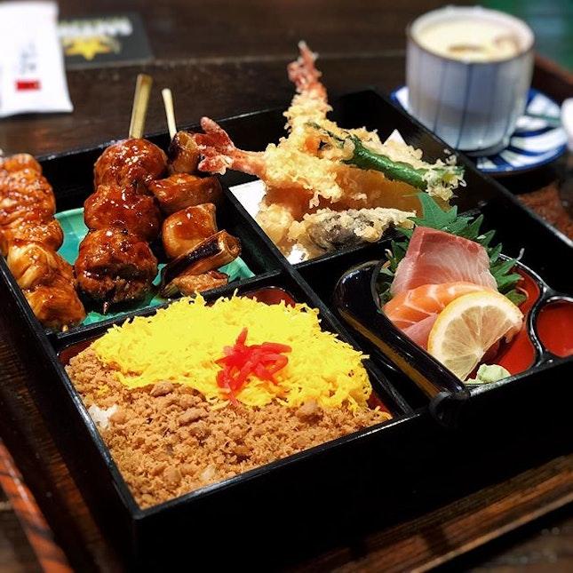 @sumiresg for their Premium Bento Gozen .