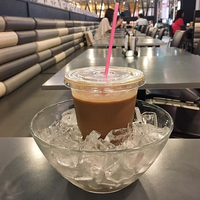 """Original Ice """"Yin Yong"""" in HK Style  Comes in a bowl of ice, the drink was already made cold beforehand."""