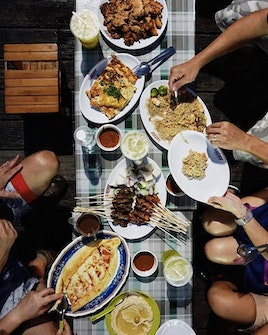 Food Court And Hawker Fares