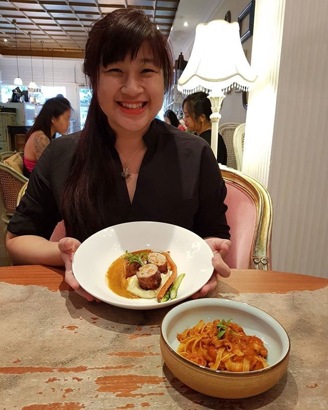 18/9/17 1 for 1 Antoinette lunch, reservation via @chopesg Thanks for this great deal.