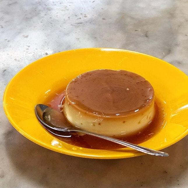 Caramel egg custard (RM3, $1sgd) ⭐️ 4/5 ⭐️ 🍴A very smooth #eggcustard of good texture - soft & bouncy, almost pudding-like.