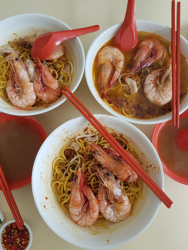 sweet prawn soup and delish noodles!