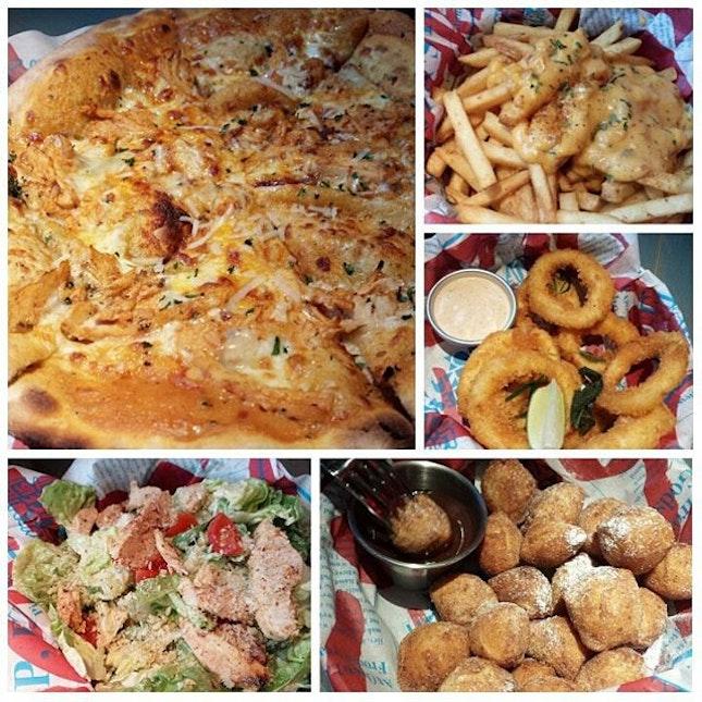 buffalo bill pizza $17, cheddar fries $10, calamari $12, chicken caesar salad $13, pizza doughnuts with nutella dip $8 👍  #dinner #pizza #nomnom #foodporn #sgfood #foodgasm #cameraeatsfirst #eatout #instafood #foodfie #burpple  #yum #altpizza #ishootieat