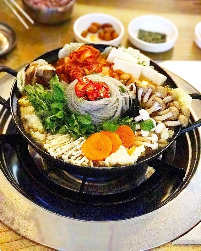 #meatlessmonday with #meatless #kimchi hotpot.