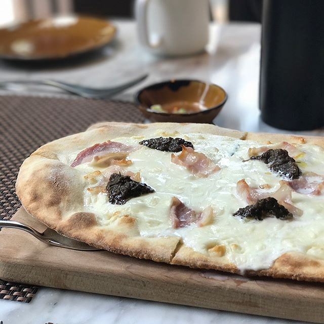 Oooo not a fan of #pizza but this #Bianca is making me change my tune.