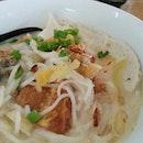 Mixed fish head noodles #food #foodporn #foodie #foodspotting #instafood  #dinewithannna #takepicha  #instaspammer #instadaily  #instafreak #instaphoto