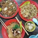 Char Siew Wantan mee, pork ribs noodle & fried glass noodle.