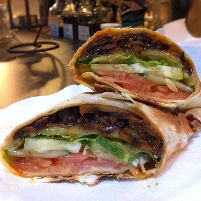 Cafe Hopping 2 - Grilled Mushroom Wrap #sgfood