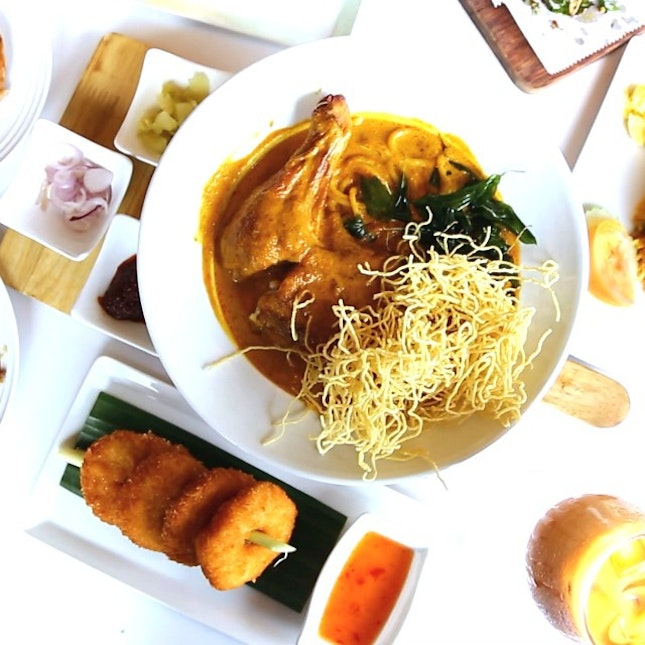 ThaiExpress Has A New Look, New Dishes, New Orange Card That Can Win You Trips To Thailand!