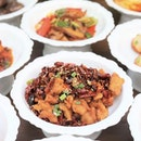"""""""Chong Qing"""" Diced Chicken with Dried Chilli 重庆辣子鸡 from @sichuandouhua_sg  This is where you can experience more than 100 different authentic Sichuan dishes, in an all-you-can-eat à la carte buffet, all in one seating."""