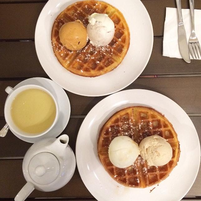 Honeycomb and Salted Caramel Ice-cream Waffle