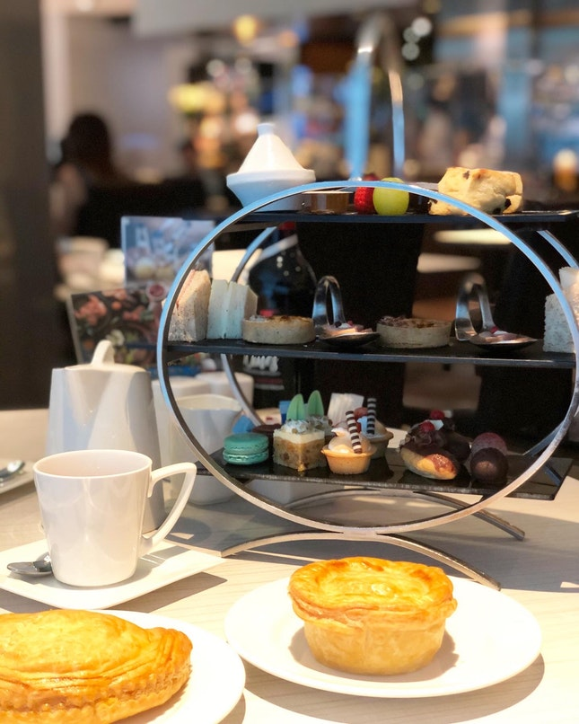 English Breakfast High Tea Set