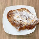 Weekend mood 😋  Almond Croissant - S$4.2 📍: @maisonkaysersingapore Scotts Square, Singapore