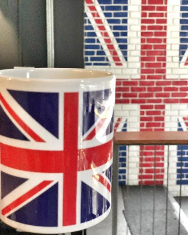 <🇩🇪> ein bisschen von England <🇬🇧> feelin' a tad brit • ☕️: Masala Tea 📍: Brit Indian Curry Hut, Singapore