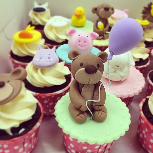 Beary cute cupcakes🎈 #nom #yum #cupcakes #dessert #sweets #pastry #handmade #instapic #instafood #instapastry #instadessert #foodpic #foodporn #cute #pastrychef #chef #toocutetoeat