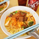 26.12.2014 \\ Fire burning in my tummy after having this bowl of Curry Mee for breakfast.