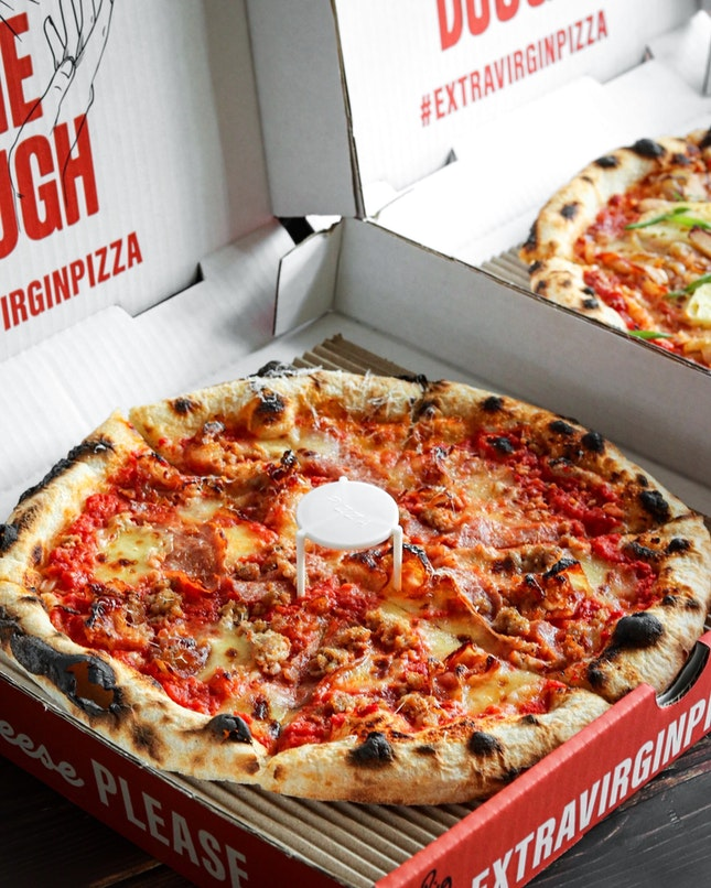 When the brand proclaims that they are in it for the dough, it is such a bold statement that you have to take them seriously and the pizzas from Extra Virgin Pizza clearly hit all the right spots.
