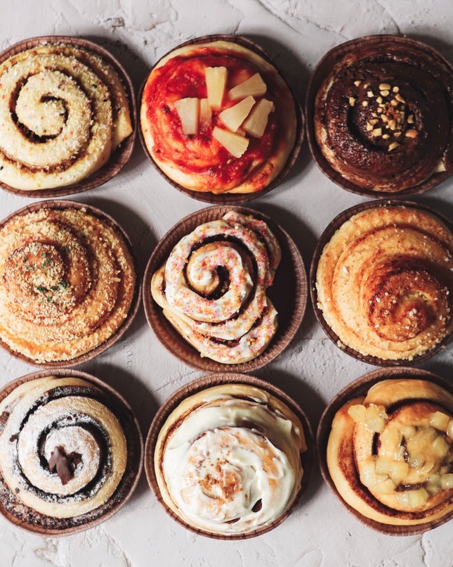 We have specialty coffee, specialty donuts and now, we have Singapore's first specialty cinnamon rolls in both sweet and savoury flavours from rrooll, which has a kiosk at Jewel Changi Airport or you can purchase them via the online shop.