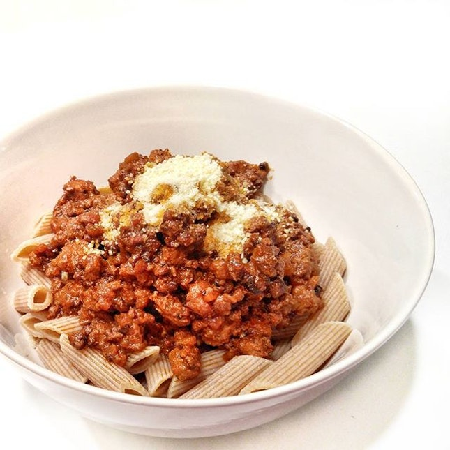 #whatifeedmybf and his friend visiting - Wholemeal Penne with Beef Bolognese.