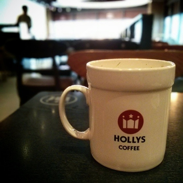 Hollys Coffee, Sukhumvit Soi 15