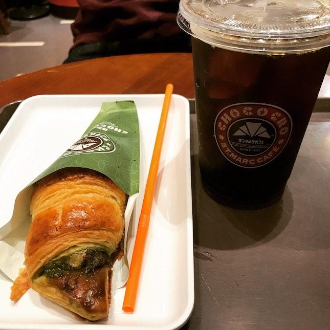 Matcha chococro & Iced Black Coffee