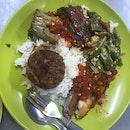 Dry Version (sambal Fish + Brinjal + Okra + 1 Begedil) $4.50