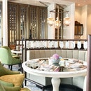 The Lounge at Four Seasons